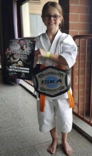 Karate stärkt Konzentration und Koordination - dies lernt man in Göllheim bei Black Eagle