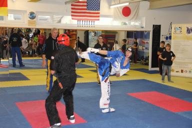 Björn Christmann lernt seit er 8 ist Kickboxen in Göllheim bei Black Eagle - heute ist er Meister